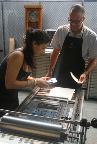 image: Diana Pasovski and David Shields printing at the Tipoteca